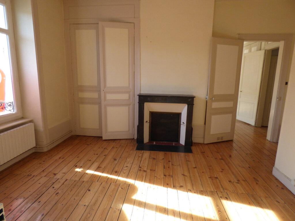 Appartement à louer 4 100m2 à Limoges vignette-4