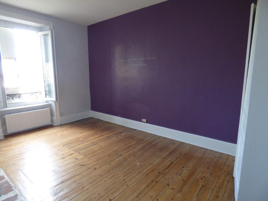 Appartement à louer 4 100m2 à Limoges vignette-6