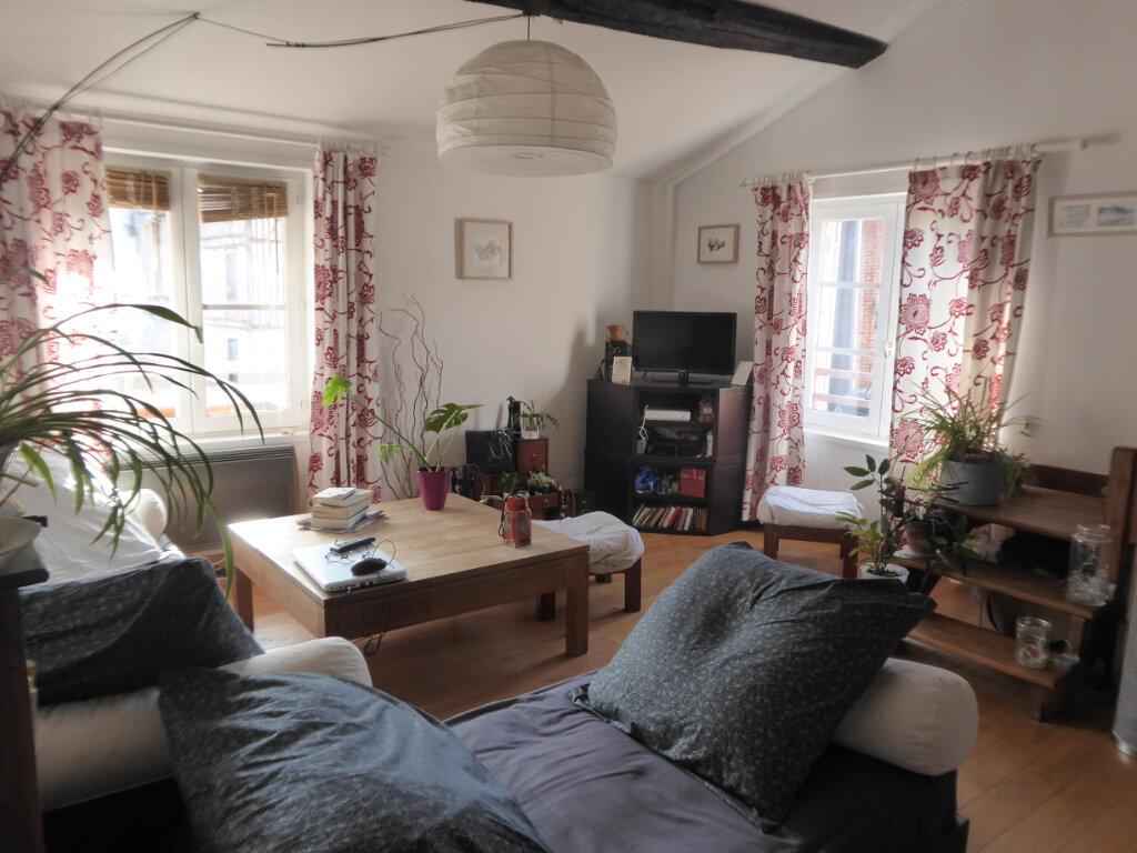 Appartement à louer 4 72m2 à Limoges vignette-4