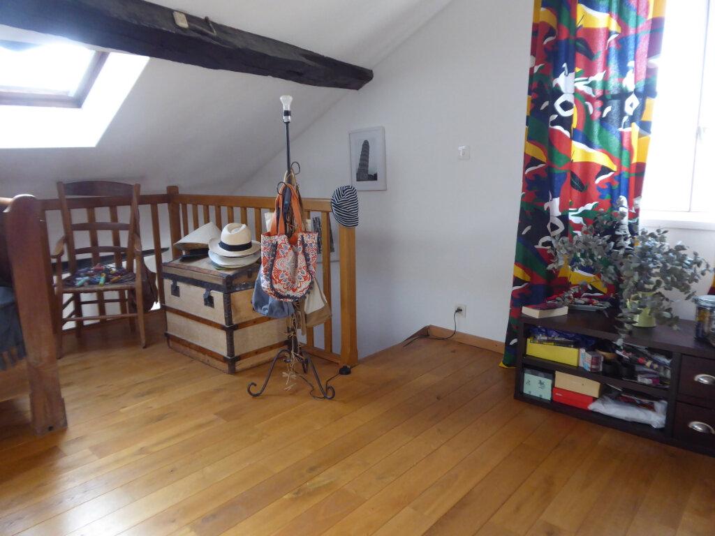 Appartement à louer 4 72m2 à Limoges vignette-6