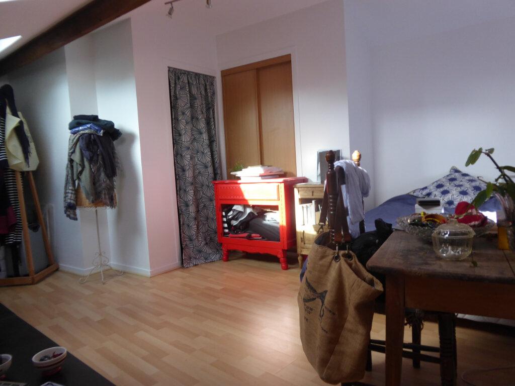 Appartement à louer 4 72m2 à Limoges vignette-8