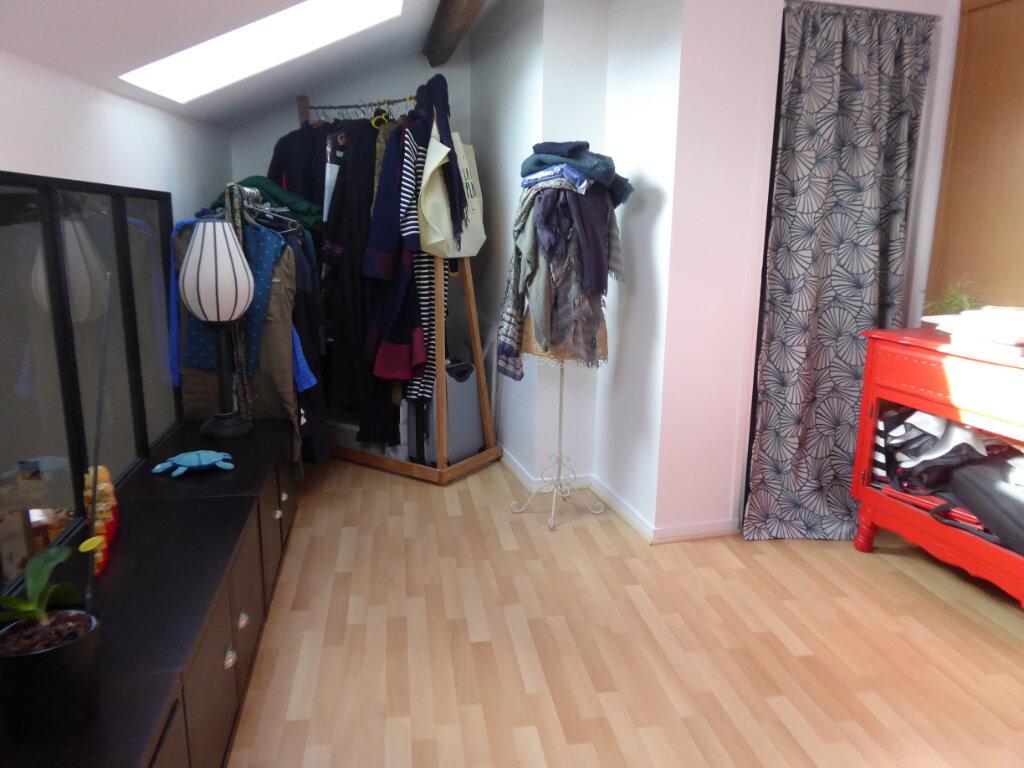 Appartement à louer 4 72m2 à Limoges vignette-9