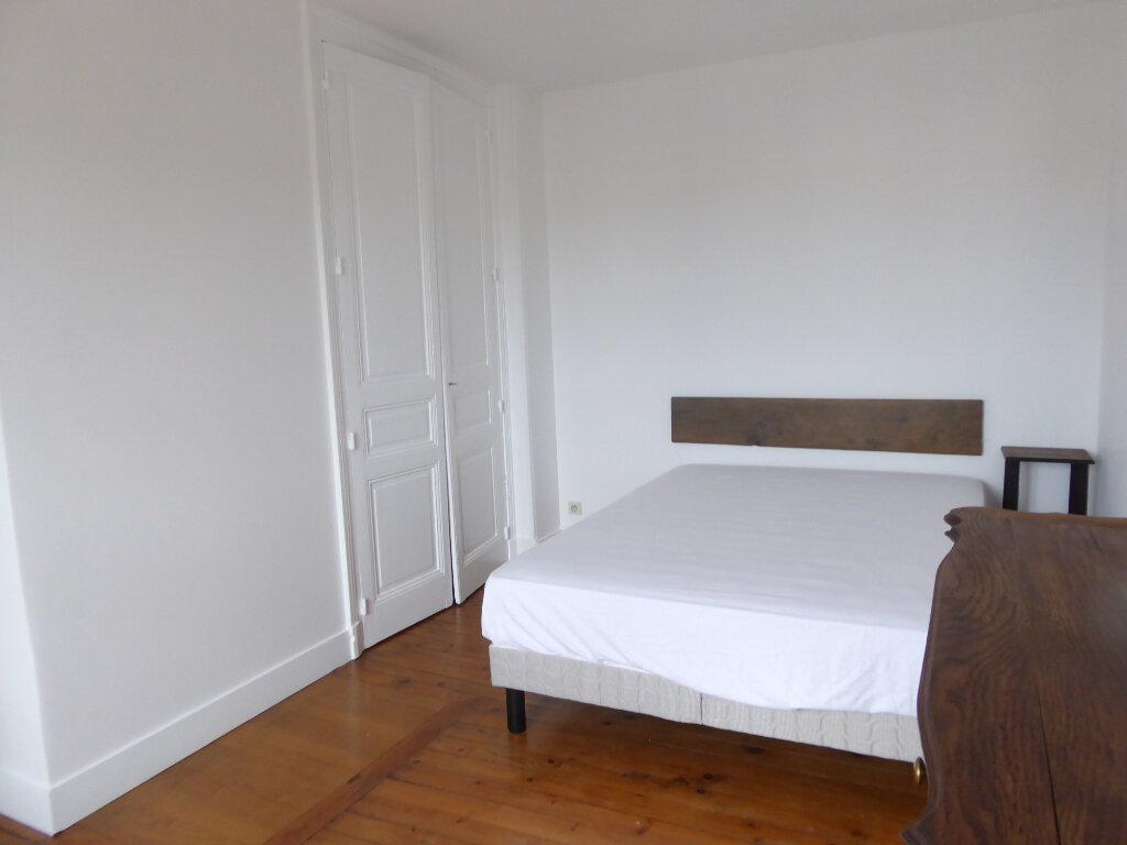 Appartement à louer 3 52.58m2 à Limoges vignette-6