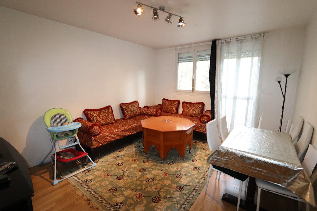 Appartement à vendre 2 46.08m2 à Bondy vignette-2