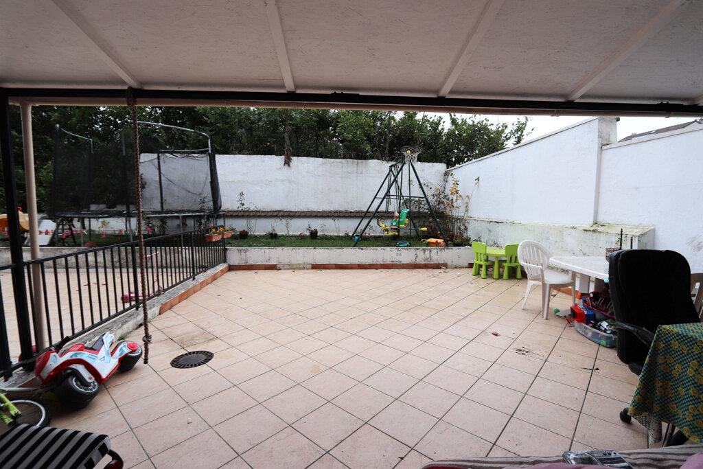 Appartement à vendre 2 32m2 à Livry-Gargan vignette-6