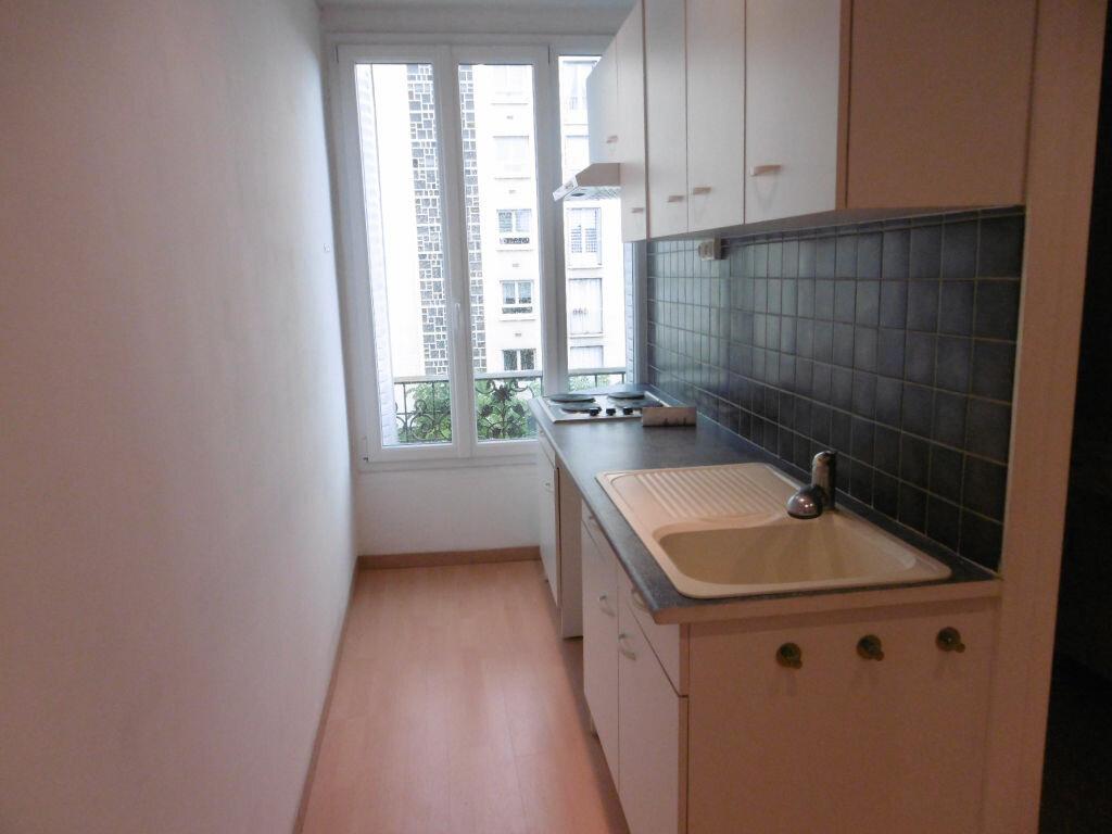 Appartement à louer 2 36.92m2 à Reims vignette-2