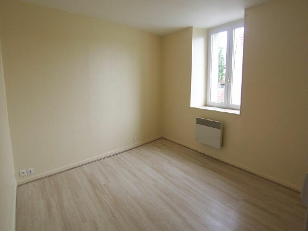 Appartement à louer 2 27.07m2 à Reims vignette-2