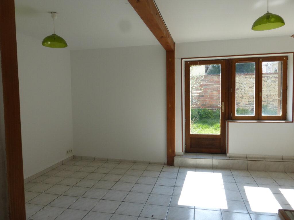 Appartement à louer 3 57m2 à Reims vignette-2