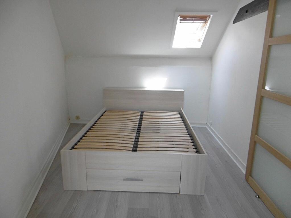 Appartement à louer 2 23.21m2 à Reims vignette-3