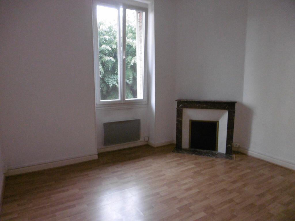 Appartement à louer 2 42.22m2 à Reims vignette-3