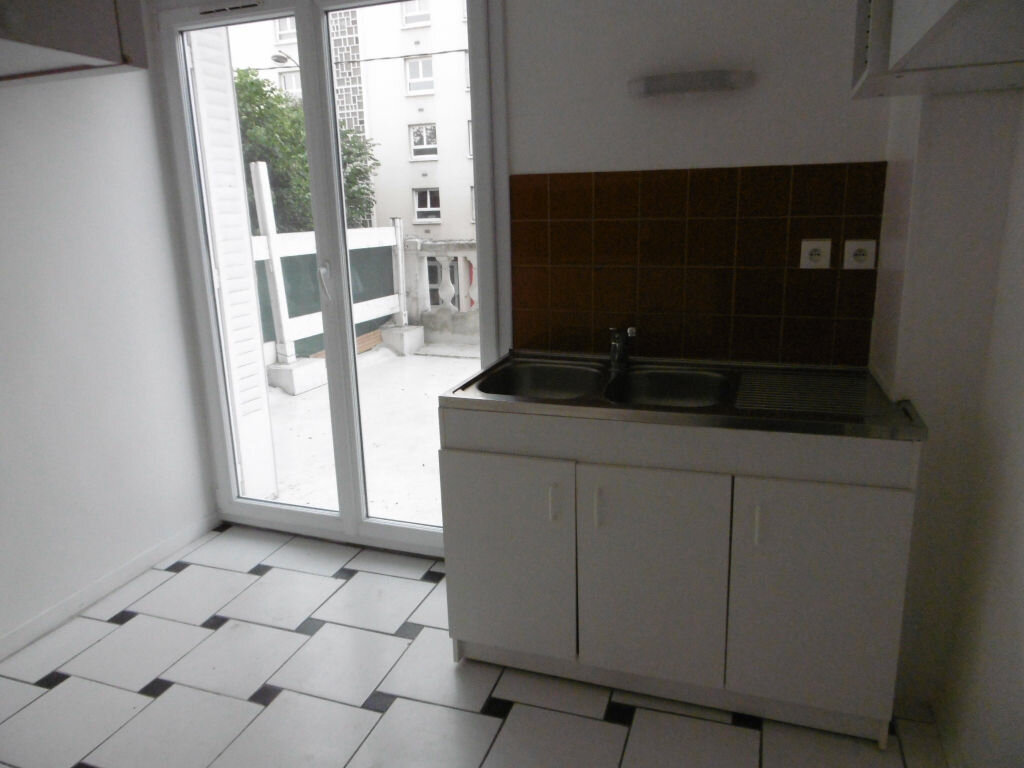 Appartement à louer 2 42.22m2 à Reims vignette-4