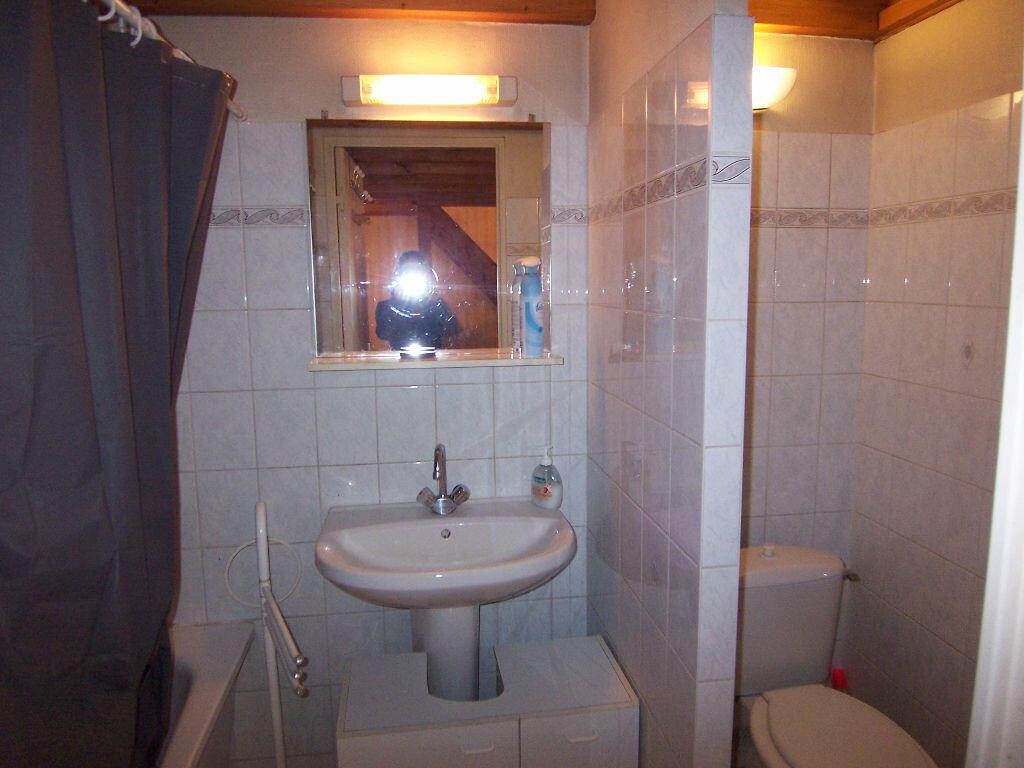 Appartement à louer 1 28.79m2 à Reims vignette-5