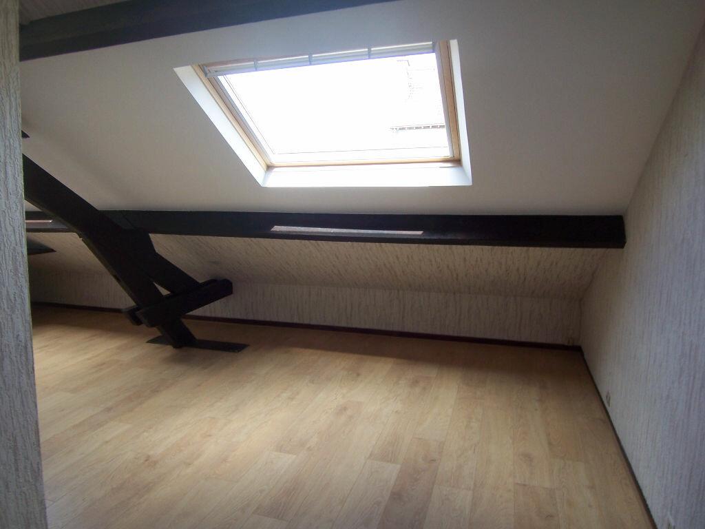 Appartement à louer 1 18.97m2 à Reims vignette-2