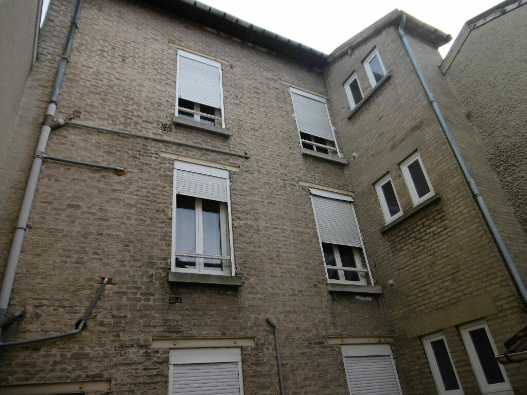 Immeuble à vendre 0 175m2 à Reims vignette-1