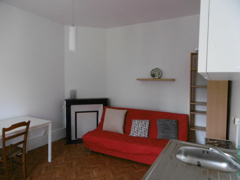 Immeuble à vendre 0 175m2 à Reims vignette-2