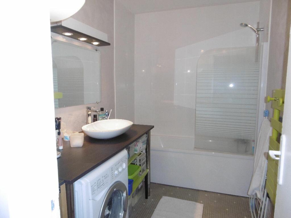 Appartement à louer 4 86.47m2 à Reims vignette-5