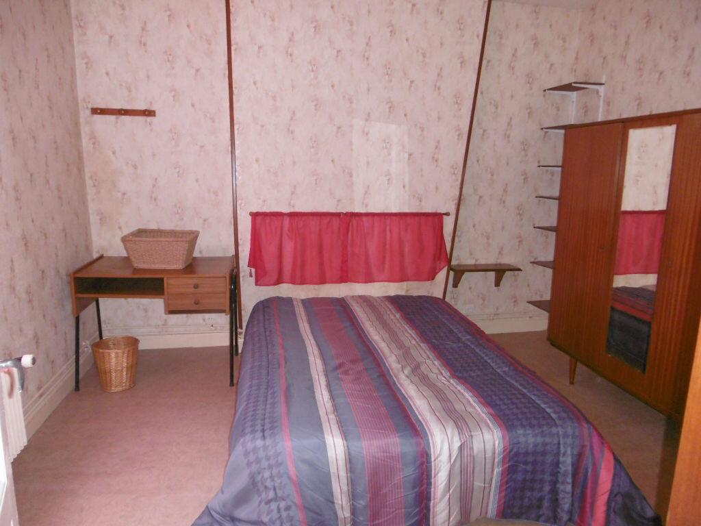 Appartement à louer 2 40.63m2 à Reims vignette-2