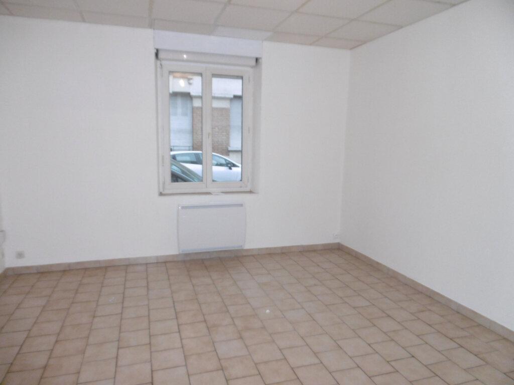 Appartement à louer 1 32.48m2 à Reims vignette-1