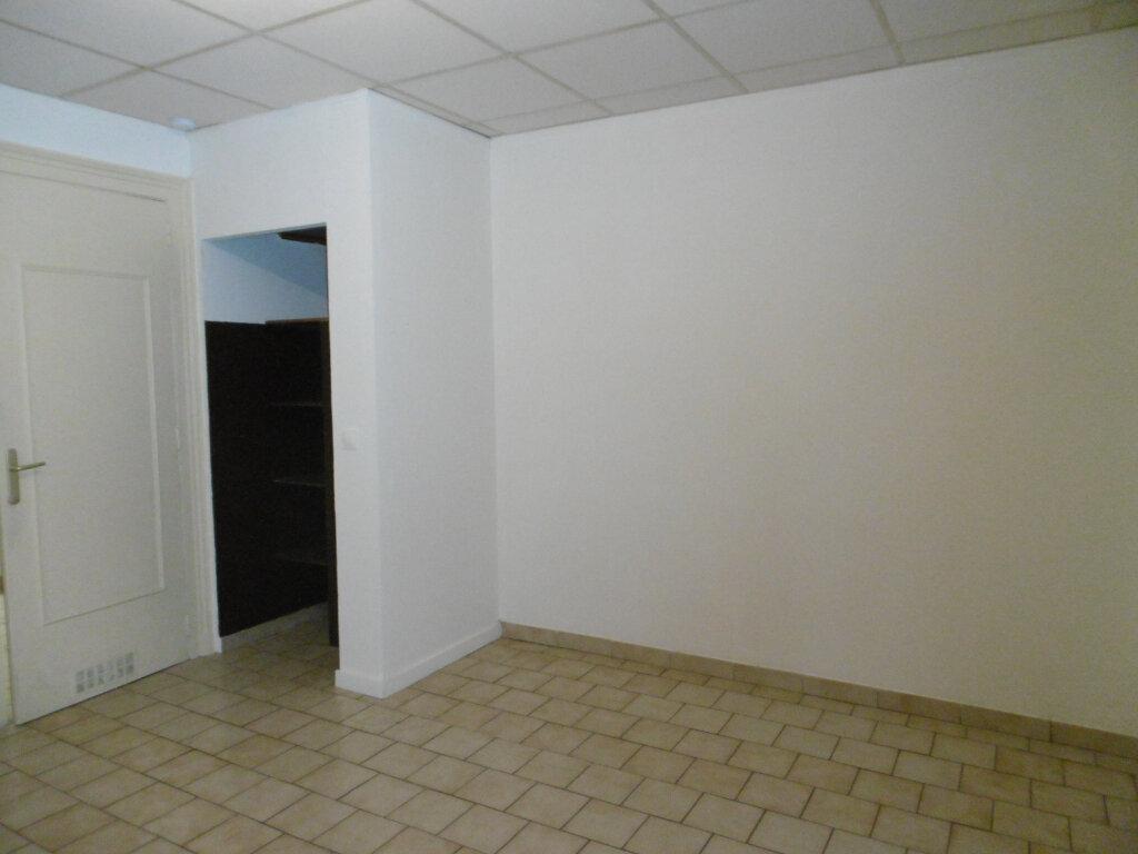 Appartement à louer 1 32.48m2 à Reims vignette-3