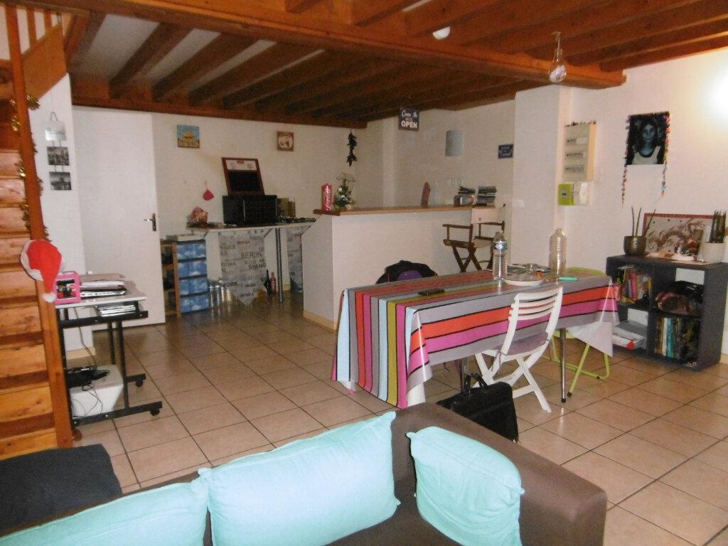 Appartement à vendre 3 65.29m2 à Reims vignette-1