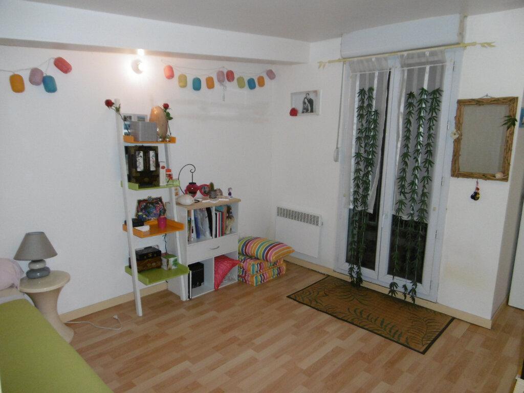 Appartement à vendre 3 65.29m2 à Reims vignette-3