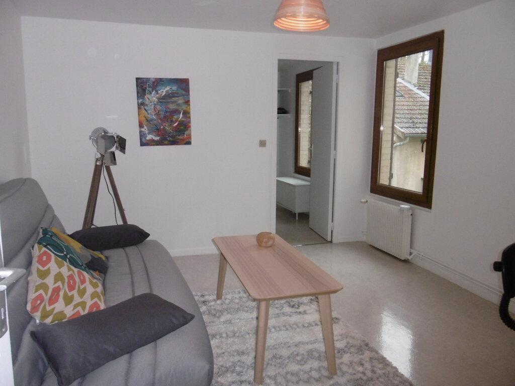 Appartement à louer 2 38.84m2 à Reims vignette-4