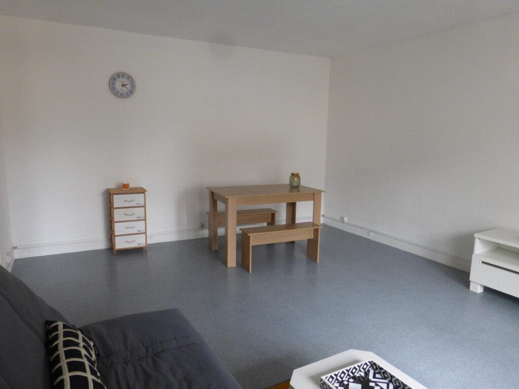 Appartement à louer 1 36.28m2 à Reims vignette-3