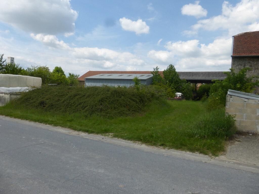 Terrain à vendre 0 688m2 à La Neuville-en-Tourne-à-Fuy vignette-2