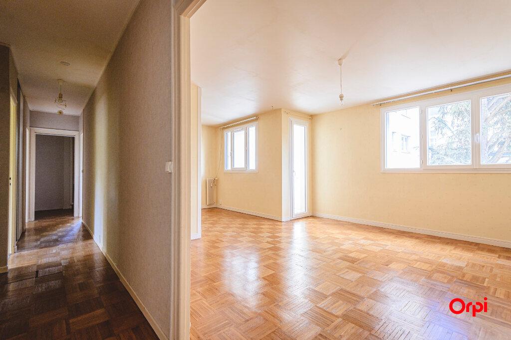 Appartement à vendre 5 80m2 à Reims vignette-4