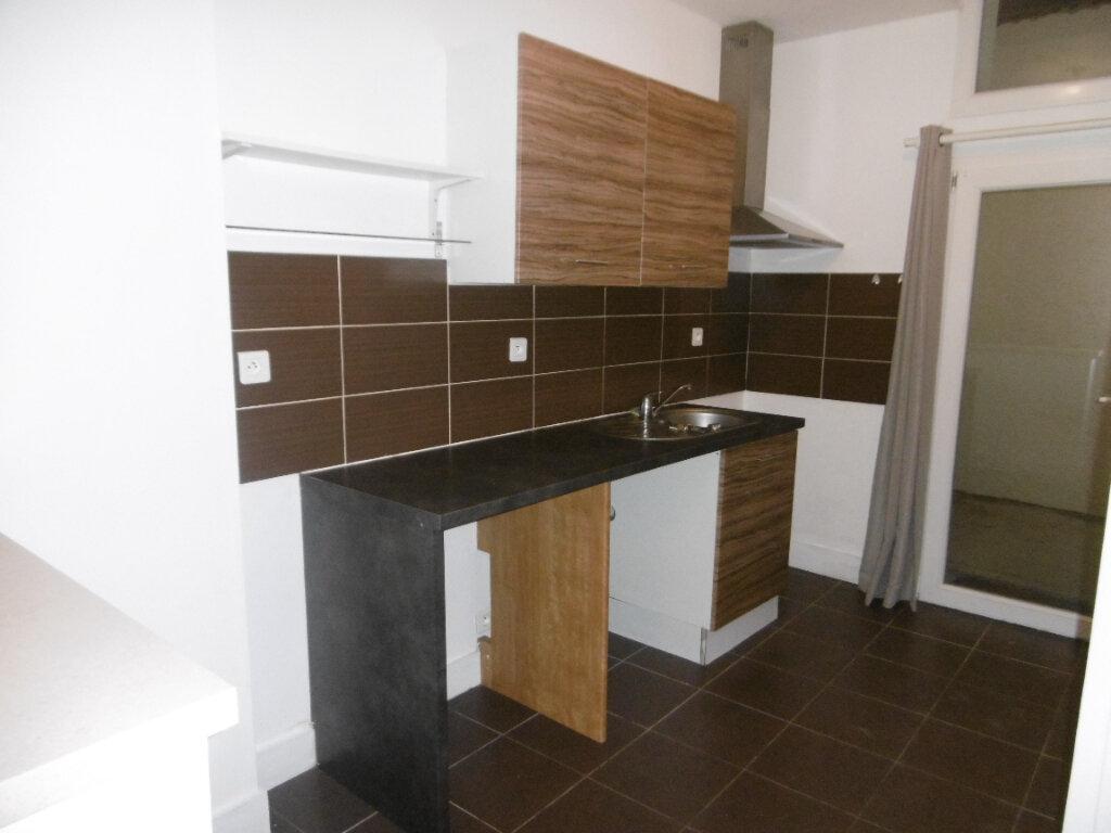 Appartement à louer 2 34.51m2 à Reims vignette-2