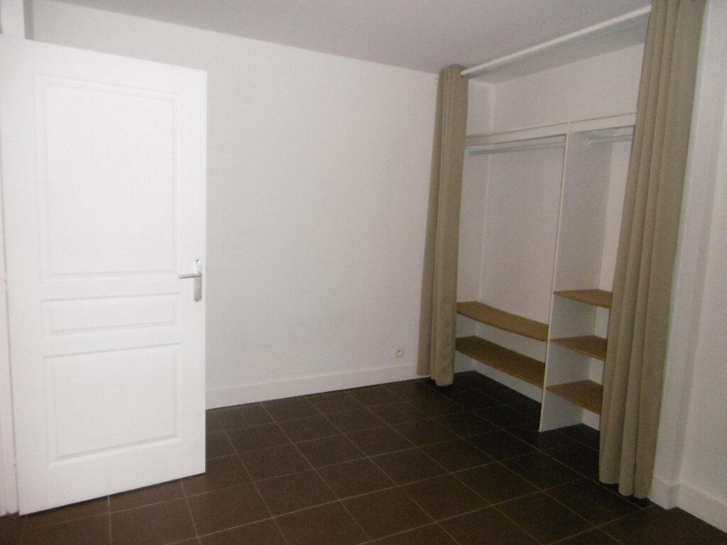 Appartement à louer 2 34.51m2 à Reims vignette-3