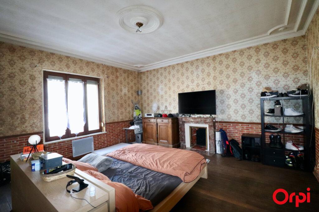 Maison à vendre 5 150m2 à La Neuville-en-Tourne-à-Fuy vignette-5