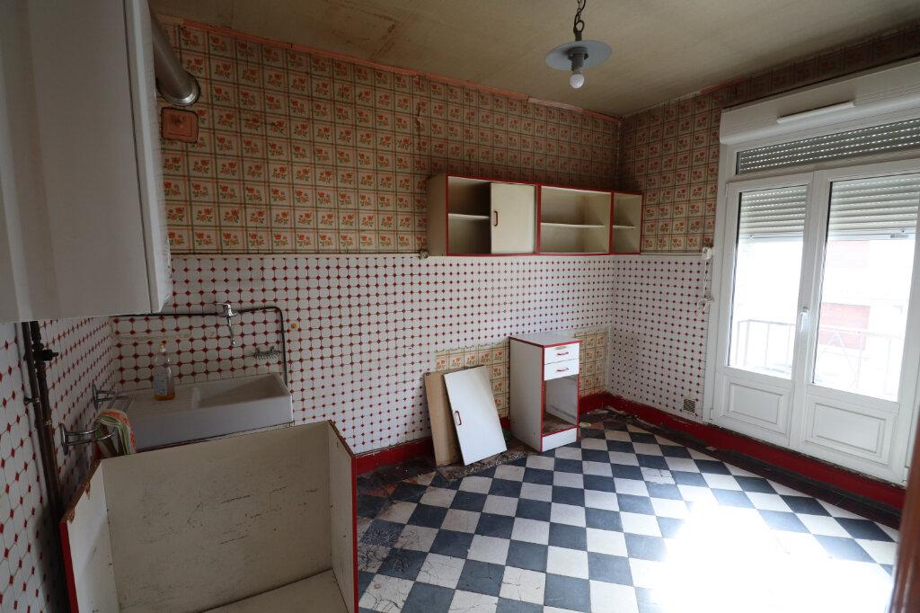 Appartement à vendre 2 38.59m2 à Reims vignette-2