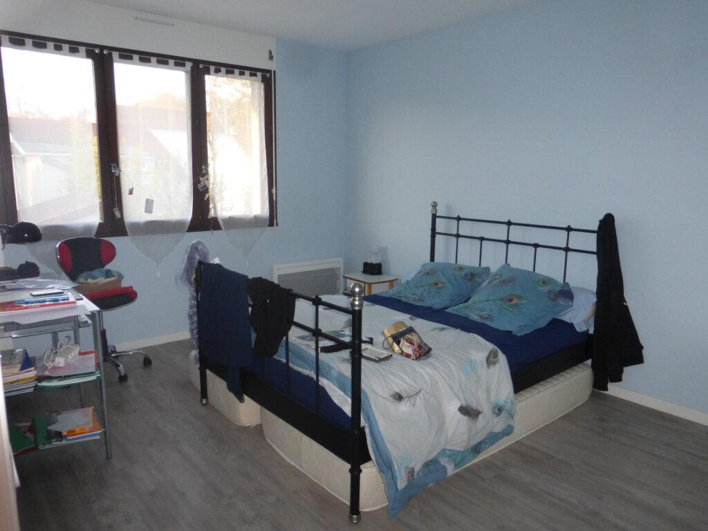 Appartement à louer 5 119.85m2 à Reims vignette-3