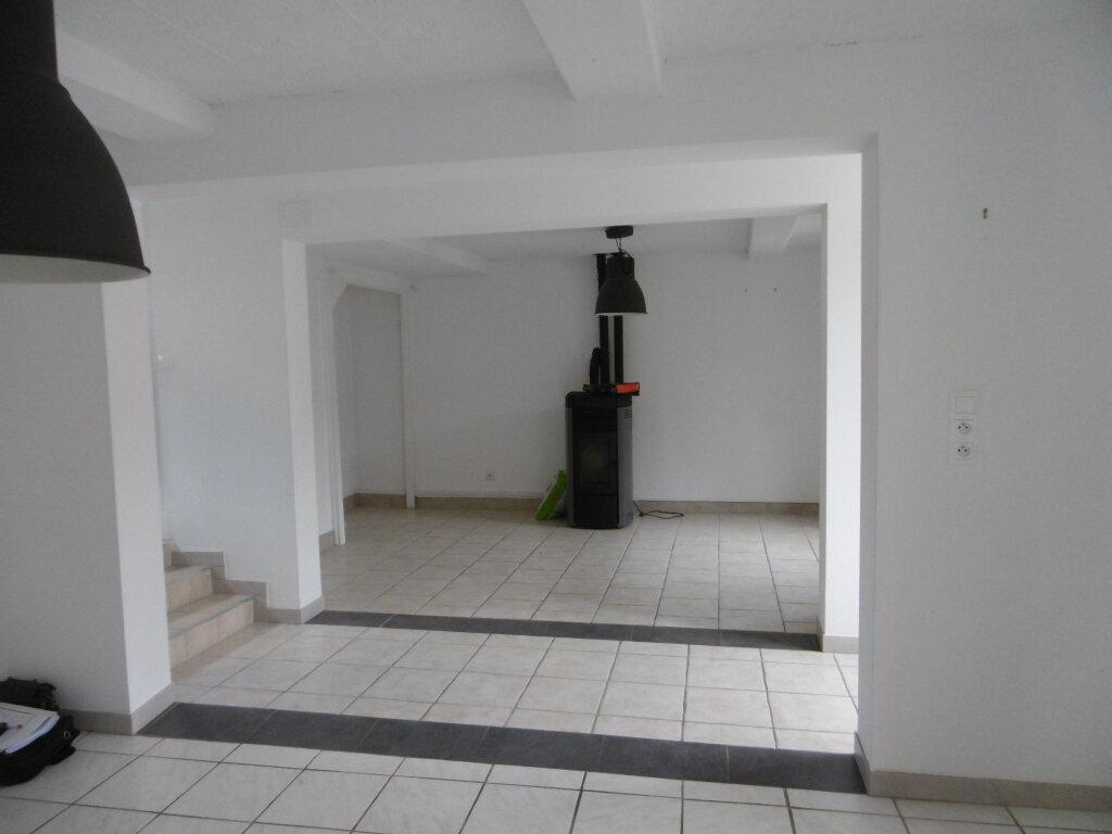 Maison à louer 5 107.52m2 à Trépail vignette-3