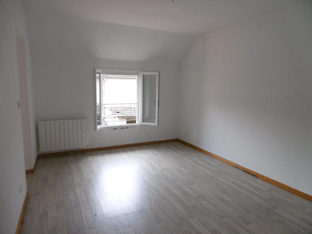 Maison à louer 5 107.52m2 à Trépail vignette-5