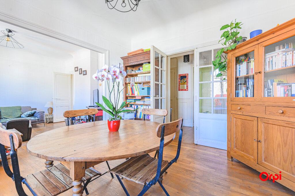 Appartement à vendre 4 89.72m2 à Reims vignette-2