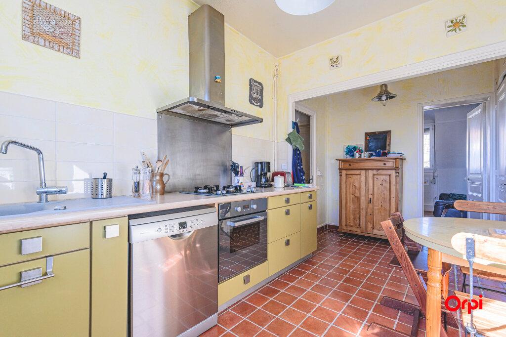 Appartement à vendre 4 89.72m2 à Reims vignette-4