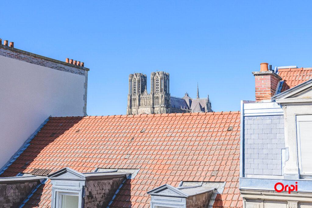 Appartement à vendre 4 89.72m2 à Reims vignette-6