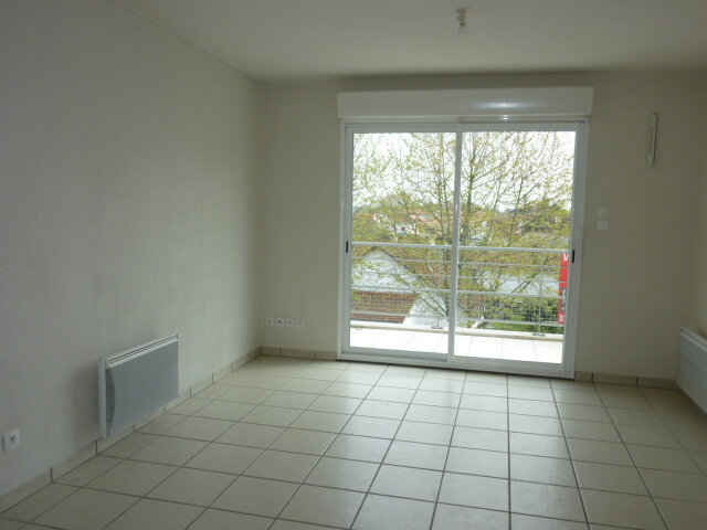 Appartement à louer 2 37.55m2 à Saint-Paul-lès-Dax vignette-1