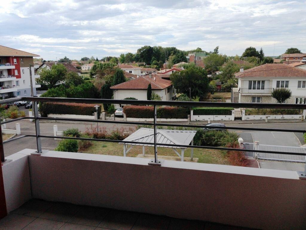 Appartement à louer 2 32.25m2 à Saint-Paul-lès-Dax vignette-1
