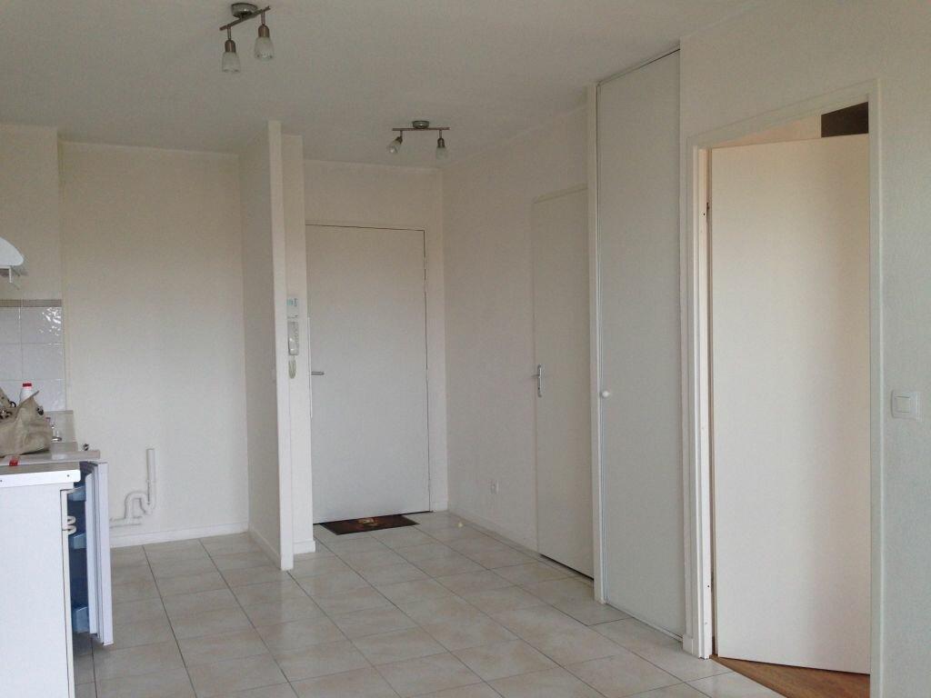 Appartement à louer 2 32.25m2 à Saint-Paul-lès-Dax vignette-2