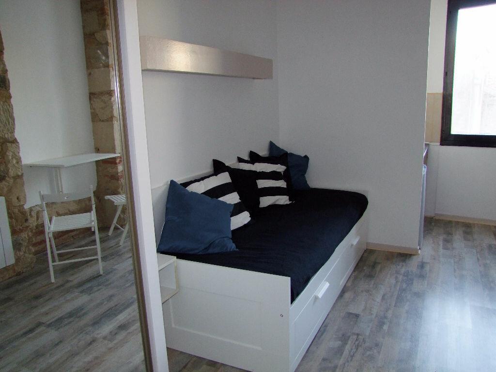 Appartement à louer 1 17m2 à Dax vignette-2