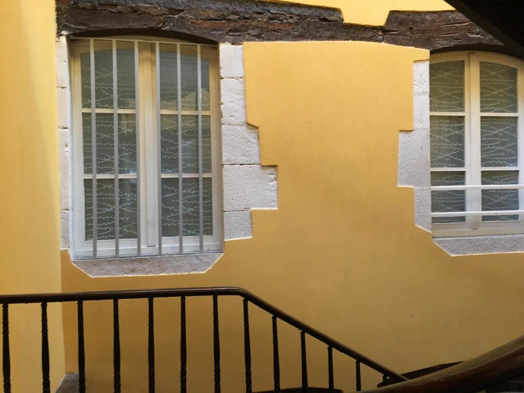 Appartement à louer 3 70m2 à Dax vignette-16