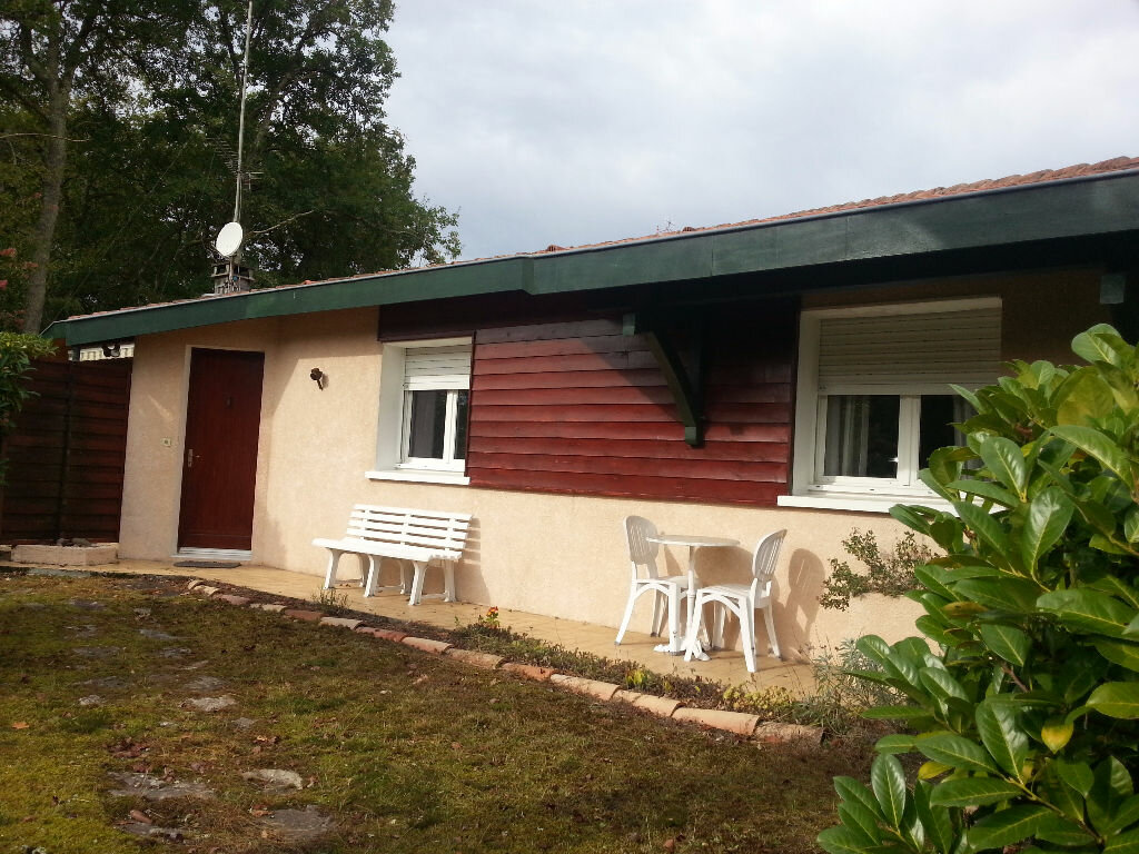 Maison à louer 5 107.47m2 à Saint-Paul-lès-Dax vignette-1