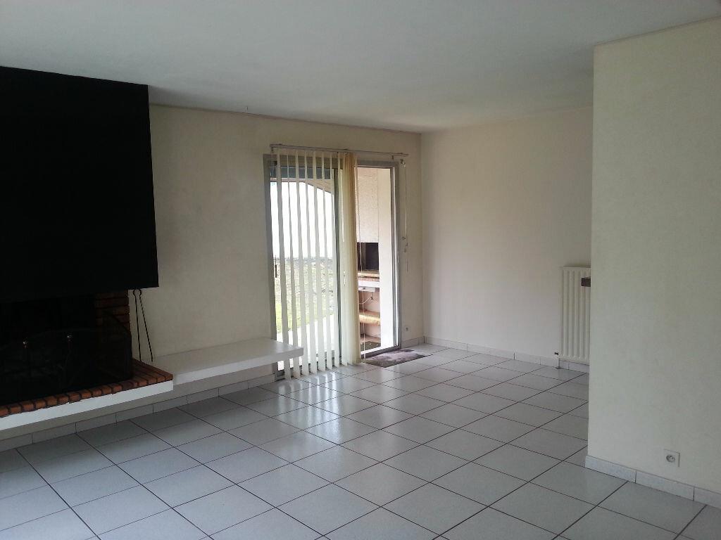 Maison à louer 5 107.47m2 à Saint-Paul-lès-Dax vignette-2