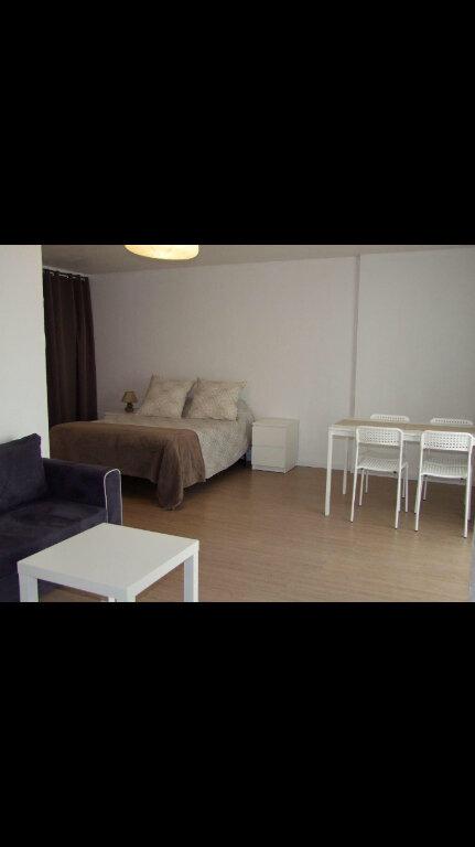 Appartement à louer 1 32.42m2 à Dax vignette-5