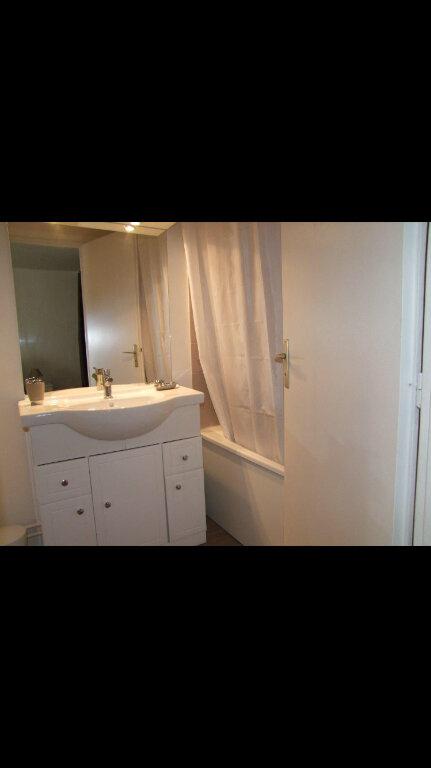 Appartement à louer 1 32.42m2 à Dax vignette-6