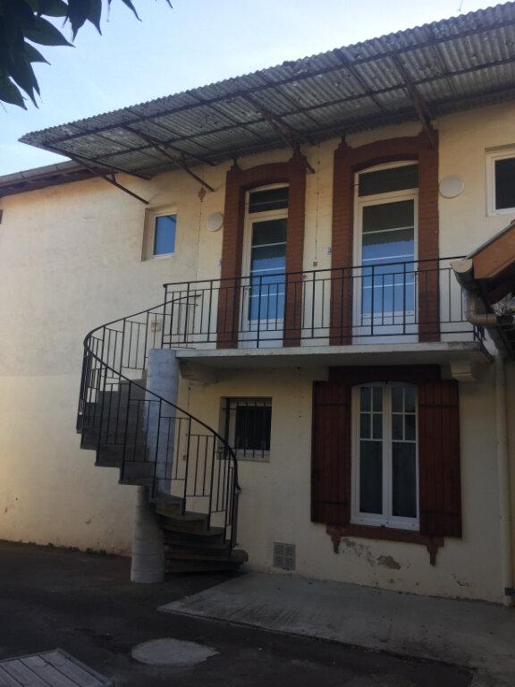 Appartement à louer 3 46m2 à Léon vignette-1