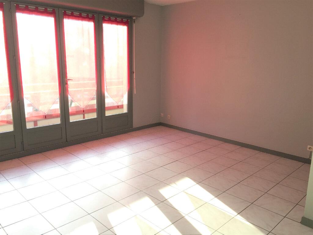 Appartement à louer 1 28.24m2 à Dax vignette-3